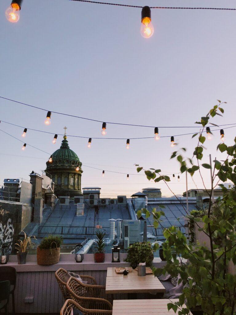 büyük balkon dekorasyon fikirleri