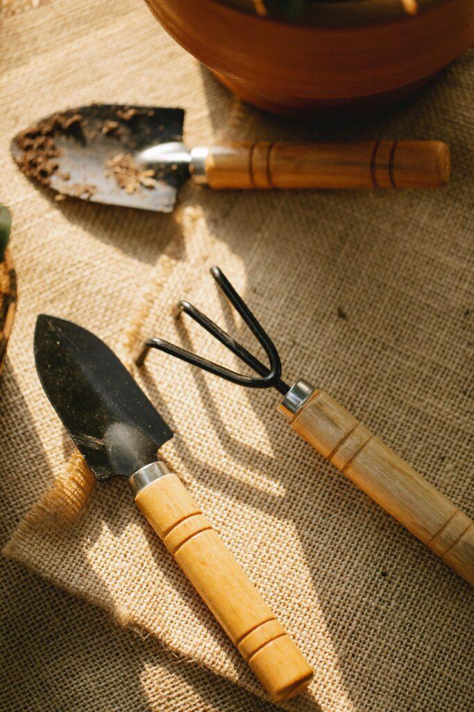 bahçe aletleri nasıl temizlenir