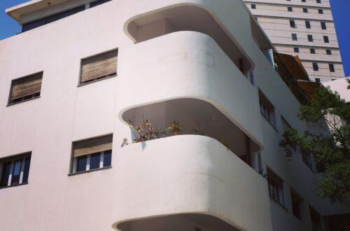 Oval Balkon Dekorasyonu